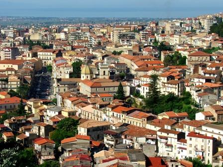 Droga: beni per 250.000 euro sequestrati da Gdf a Lamezia Terme ...